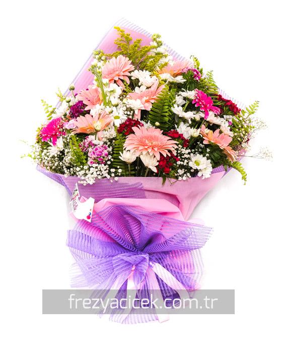 Kır Çiçeği Buketi